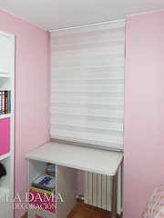 """ENROLLABLE NOCHE Y DIA BLANCO  DORMITORIO ROSA • <a style=""""font-size:0.8em;"""" href=""""http://www.flickr.com/photos/67662386@N08/51329729053/"""" target=""""_blank"""">View on Flickr</a>"""
