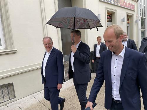 Rundgang durch die Oldenburger Innenstadt mit Ministerpräsident Stephan Weil und Oberbürgermeister Jürgen Krogmann.
