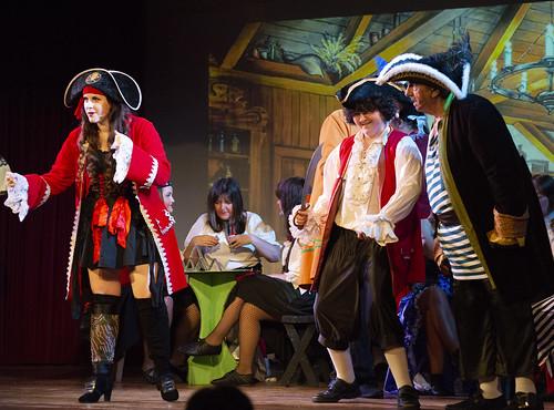 19 Meet pirates