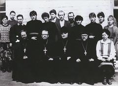 3 Первые студенты Ставропольского Духовного училища. В центре – ректор, протоиерей Петр Савенко