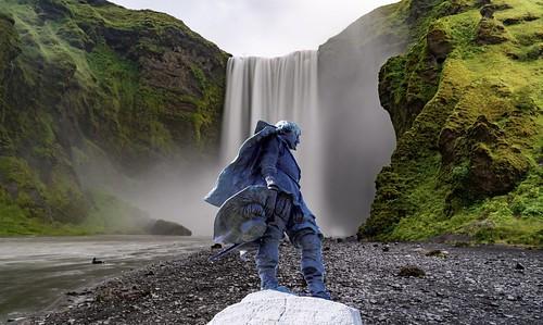 Niagara Escarpments -  Ontario - Canada - Gorgeous Tew's Waterfall -  Samuel de Champlain Statue