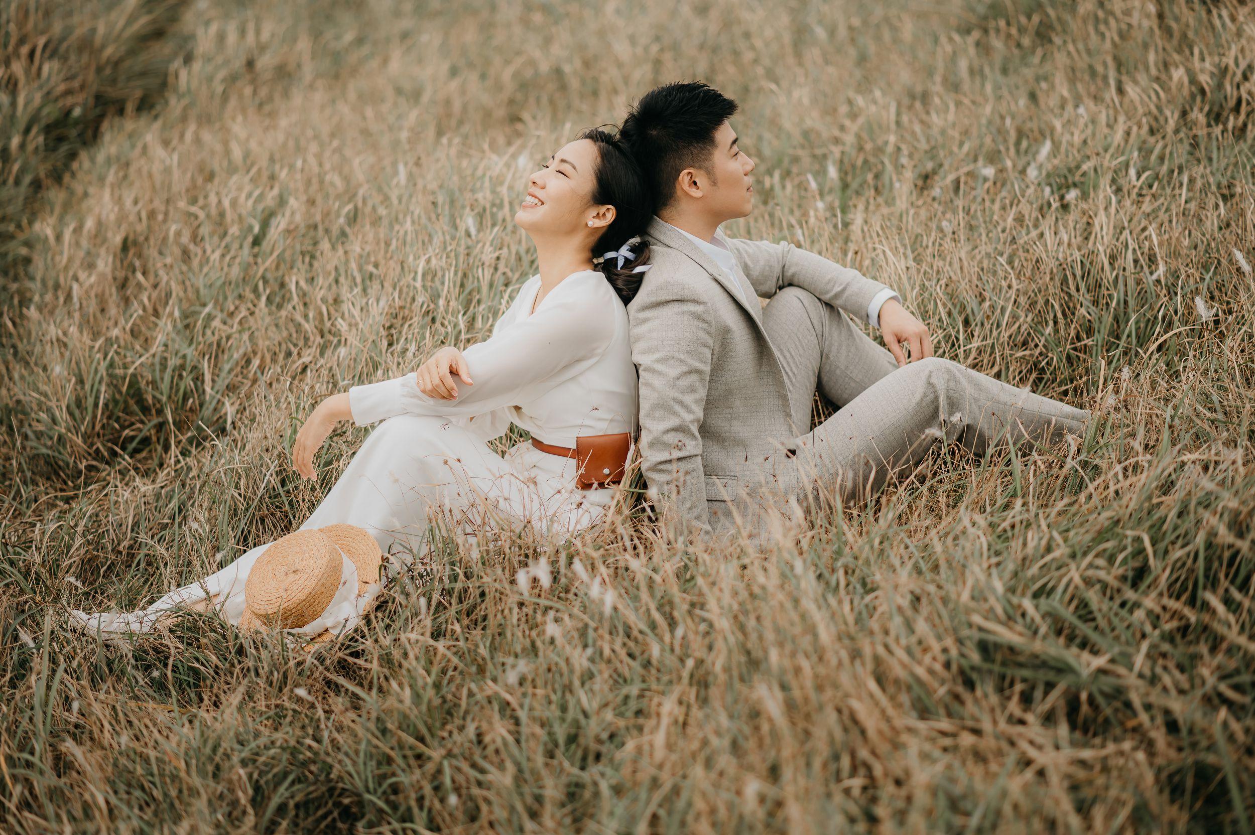貳月婚紗,攝影師,婚紗外拍,婚紗包套,造型師,台北婚紗,淡水,海邊,故宮,白紗,西服,美式婚紗,瓜瓜造型師,