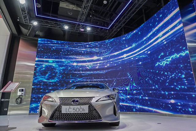 Lexus 210728-4