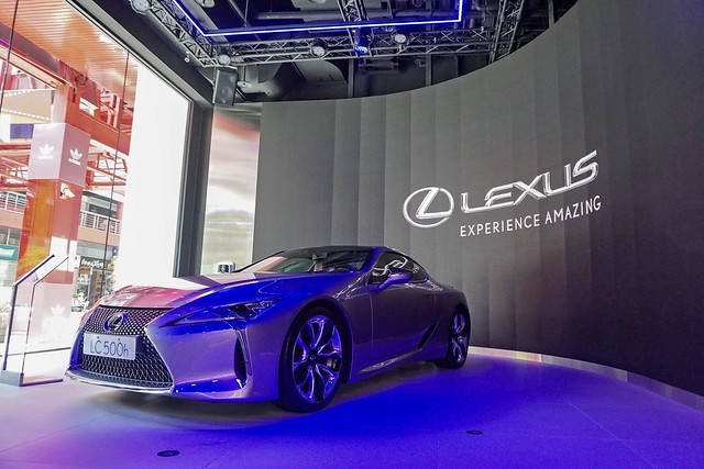 Lexus 210728-8