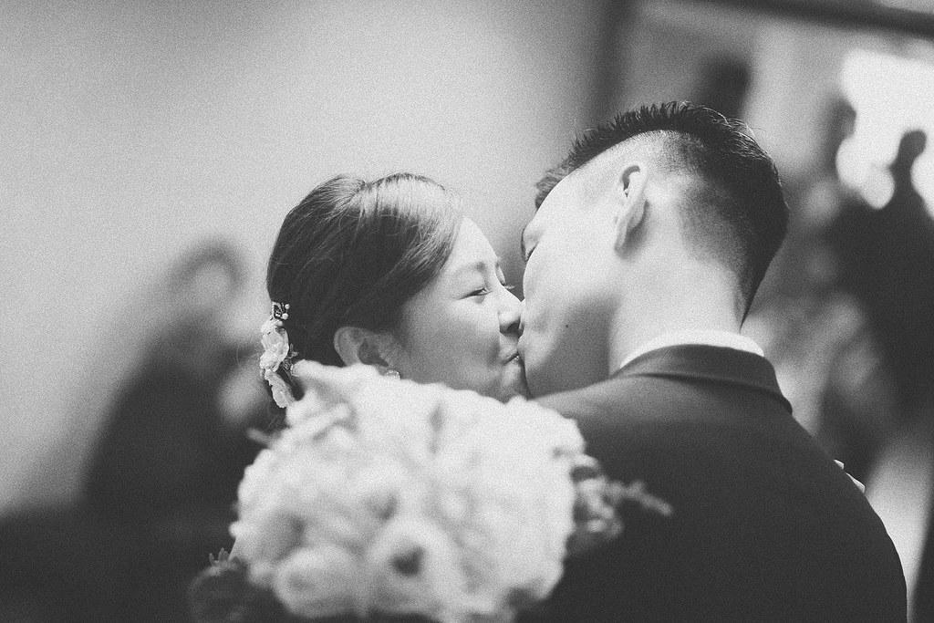 婚禮攝影,底片婚攝,台北婚攝推薦,台北婚攝,台北婚禮攝影,婚禮紀錄,婚攝推薦ptt,婚攝推薦,婚攝作品推薦,獨立攝影師,教會婚禮,基督教婚禮,婚攝黑白照片