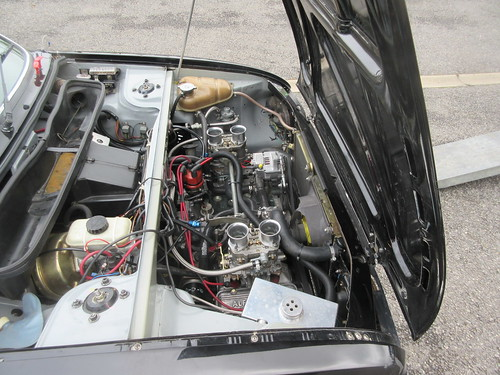 A picture for all Sud enthusiasts - under the bonnet at Lydden
