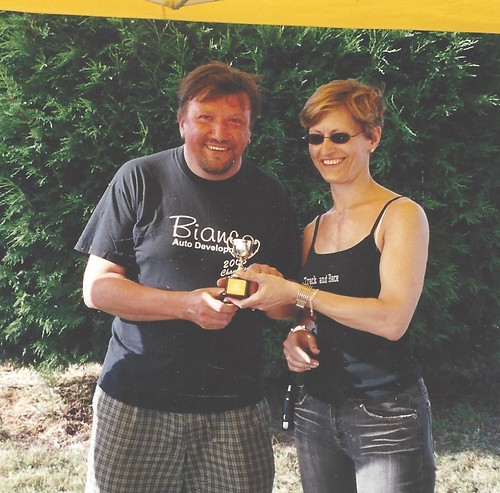 John Day receives 3rd place trophy at Snettertin in 2005