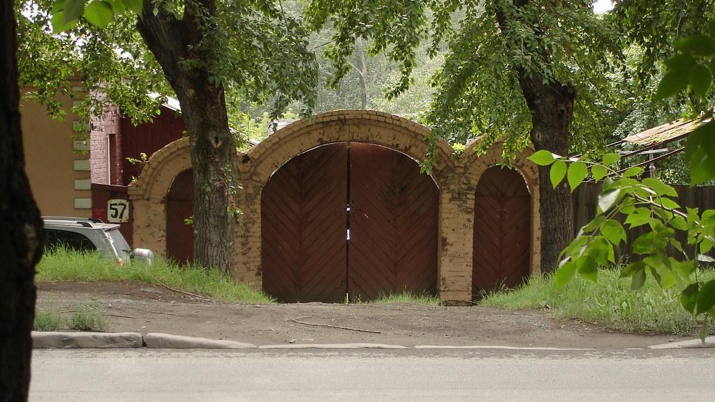 фото: Старинные ворота