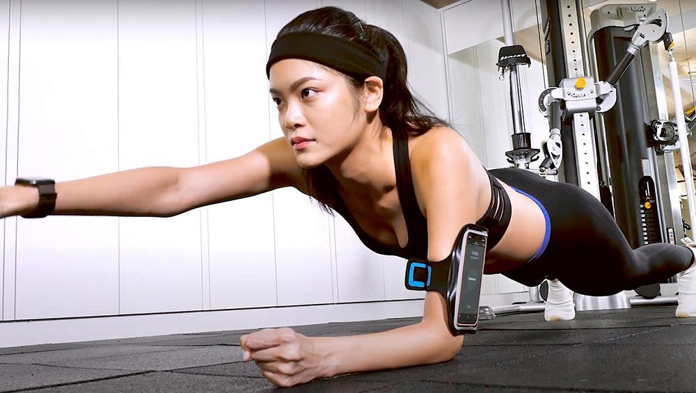 新聞照片2:「HI-Health您好健康」《Move-V我形我塑》AI科技健身服務-虛擬教練指點動作準確度-搶攻遠距健身商機