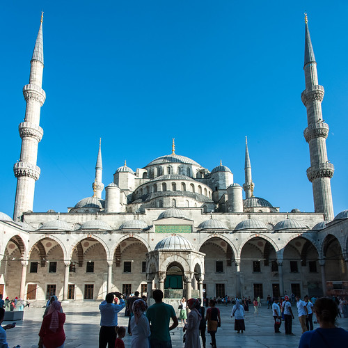 130911 Blue Mosque panorama.jpg