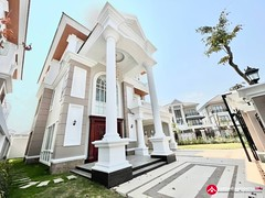 Corner Prince Villa for Sale in Borey Peng Huoth Boeun Snor