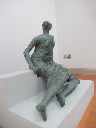 Draped Seated Figure 1957-8, Henry Moore 1898-1986, National Collection of British Art, Tate Britain, Millbank, City of Westminster, London, SW1P 4RG (1)