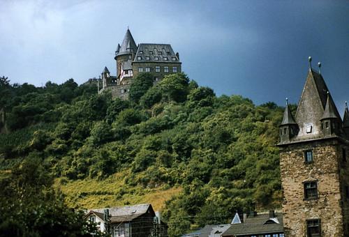 "Burg Stahleck • <a style=""font-size:0.8em;"" href=""http://www.flickr.com/photos/69570948@N04/51371651709/"" target=""_blank"">Auf Flickr ansehen</a>"