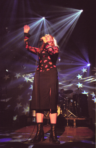 Metro Melbourne 2003 - Julia O'Hara