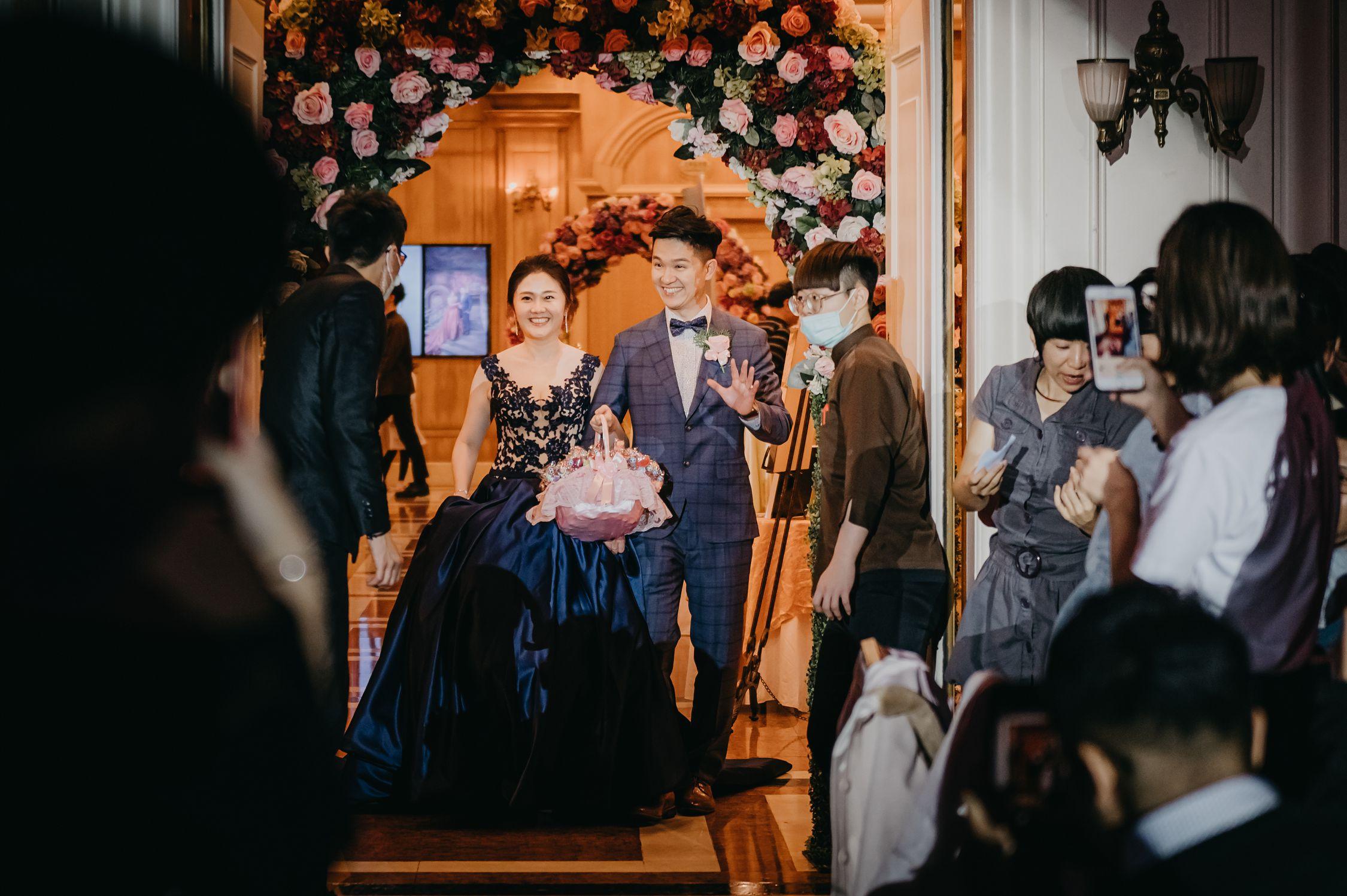 婚禮,婚攝,婚禮紀錄,攝影師,婚戒,造型師,新秘,新娘物語推薦,ptt推薦,台中婚攝,台中僑園,雙機攝影,儀式,闖關,結婚,訂婚,婚禮小物,