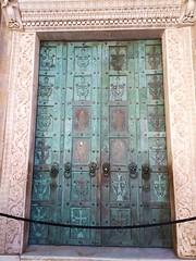 Il portale d'ingresso della Cattedrale di Amalfi forgiato a Costantinopoli
