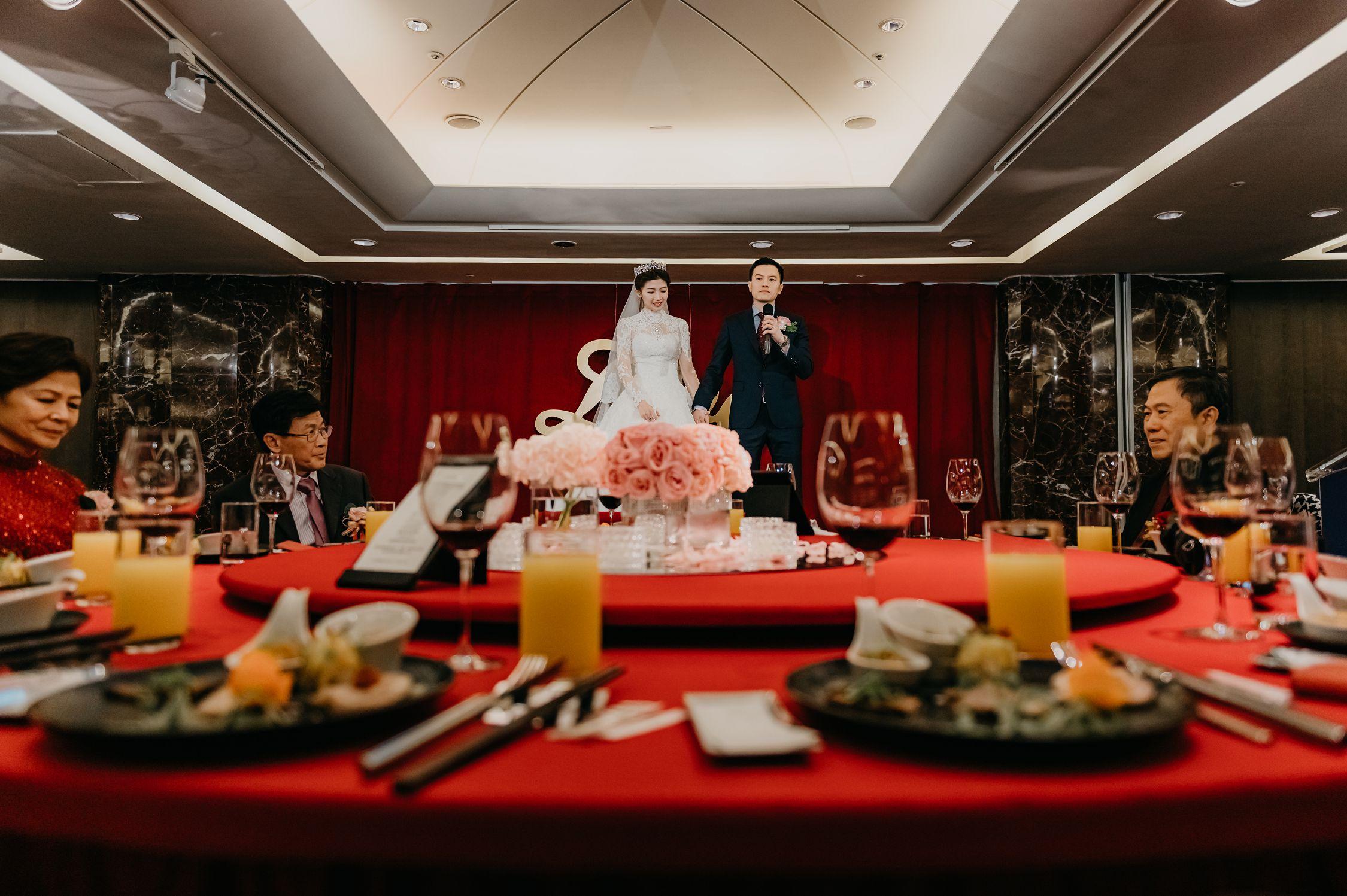 婚禮,婚禮記錄,婚攝,台北攝影師,新娘物語推薦,ptt推薦,雙機攝影,自宅儀式,奉茶,闖關,拜別父母,台北喜來登,類婚紗,白日夢工廠,婚錄,動態錄影,一進,婚禮小物,交換戒指,