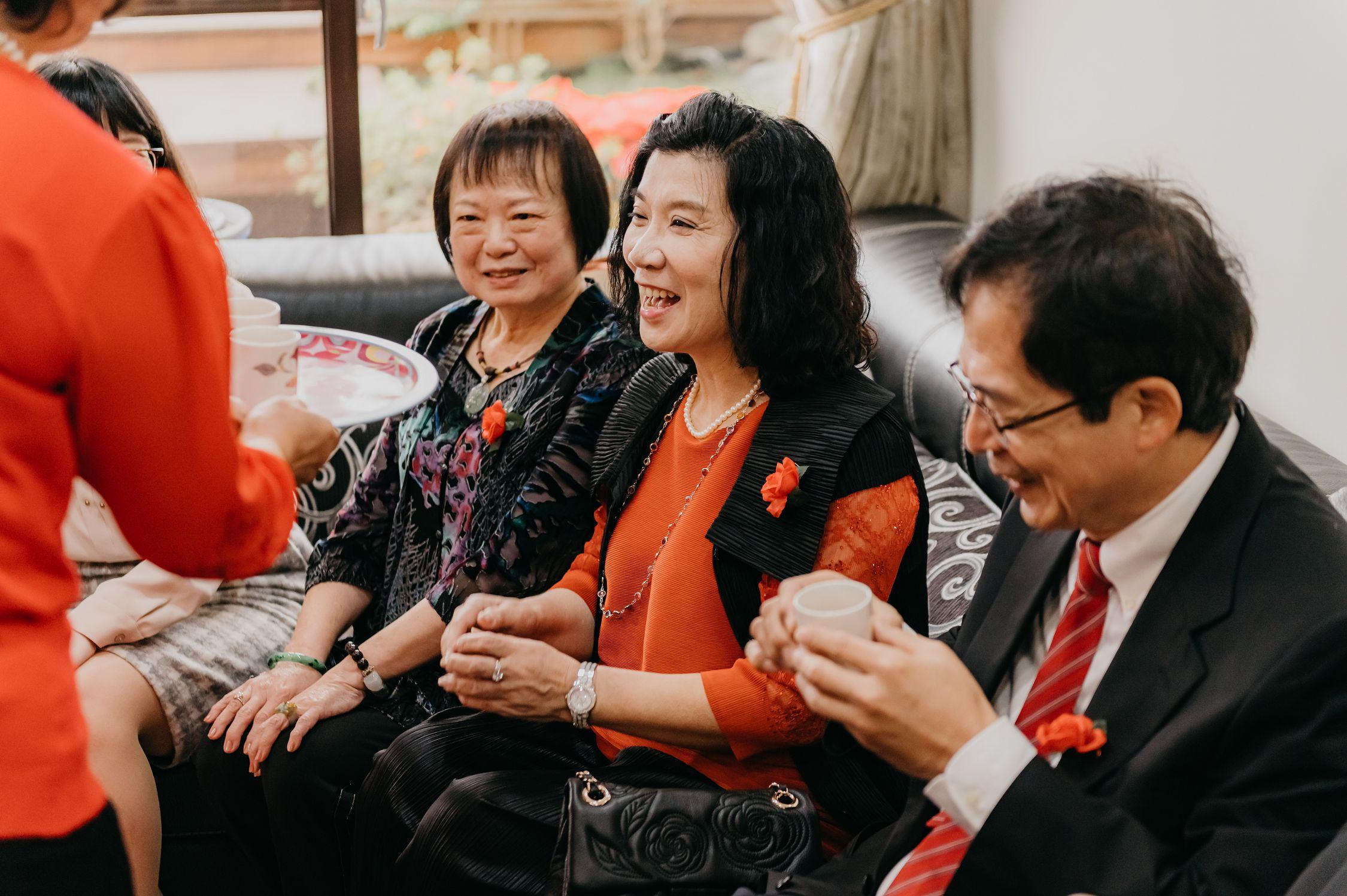 婚禮,婚禮記錄,婚攝,台北攝影師,新娘物語推薦,ptt推薦,雙機攝影,自宅儀式,奉茶,闖關,拜別父母,台北喜來登,類婚紗,白日夢工廠,婚錄,動態錄影,一進,婚禮小物,