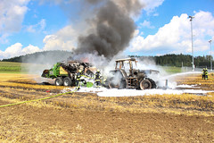 Brand Traktor & Ballenpresse 15.08 (10)
