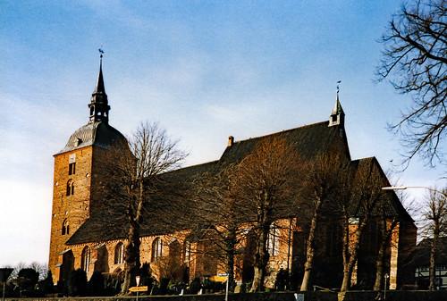 """Nikolaikirche (Burg auf Fehmarn) 1990er (01) • <a style=""""font-size:0.8em;"""" href=""""http://www.flickr.com/photos/69570948@N04/51389046937/"""" target=""""_blank"""">Auf Flickr ansehen</a>"""