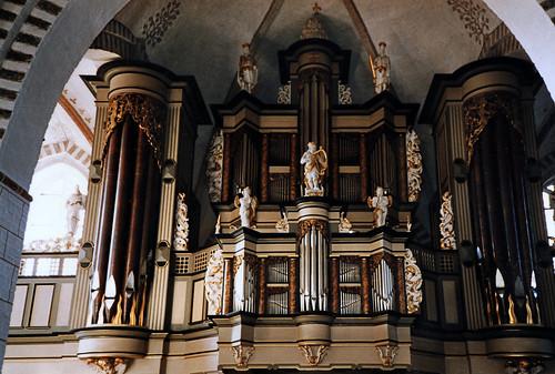 """Nikolaikirche (Burg auf Fehmarn) 1990er (05) • <a style=""""font-size:0.8em;"""" href=""""http://www.flickr.com/photos/69570948@N04/51390541109/"""" target=""""_blank"""">Auf Flickr ansehen</a>"""