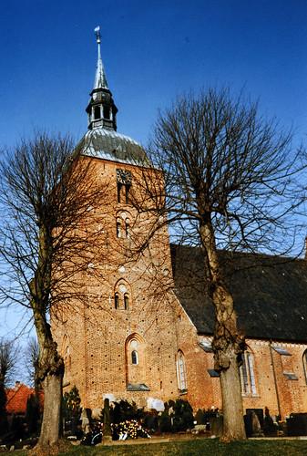 """Nikolaikirche (Burg auf Fehmarn) 1990er (02) • <a style=""""font-size:0.8em;"""" href=""""http://www.flickr.com/photos/69570948@N04/51390547834/"""" target=""""_blank"""">Auf Flickr ansehen</a>"""