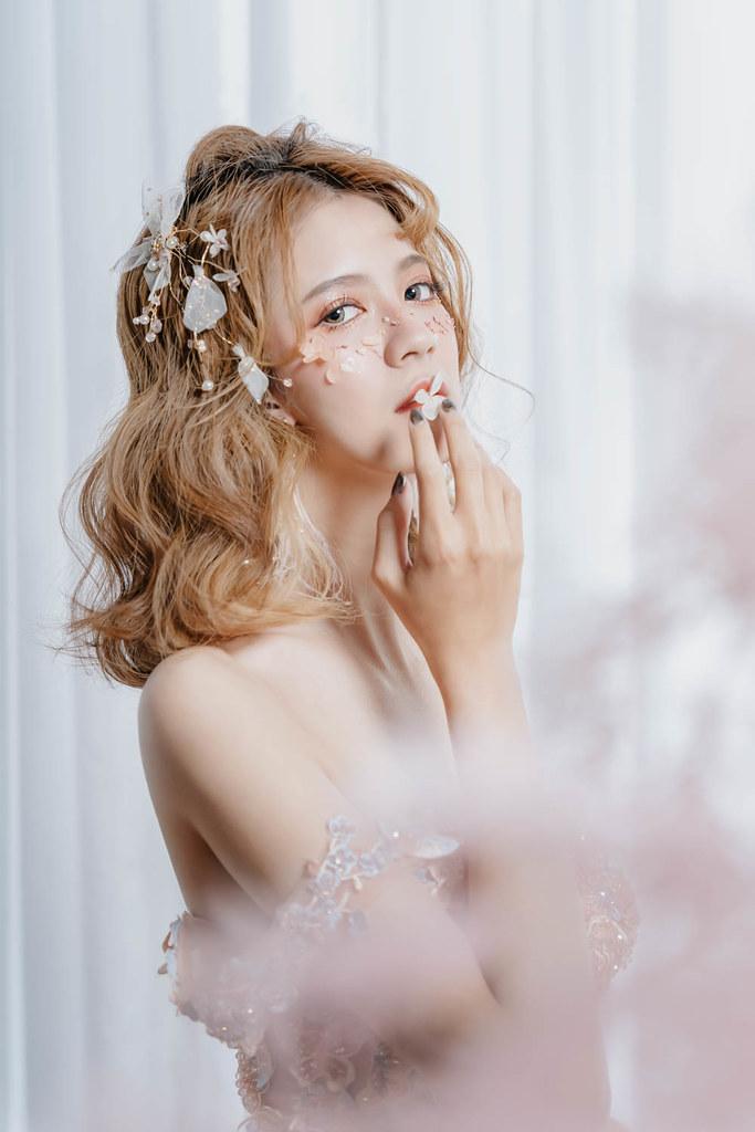 【新秘Catlin】婚紗攝影 /R.J.55 攝影概念空間