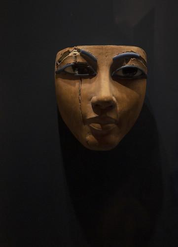 LOUVRE. MASCHERA EGIZIA