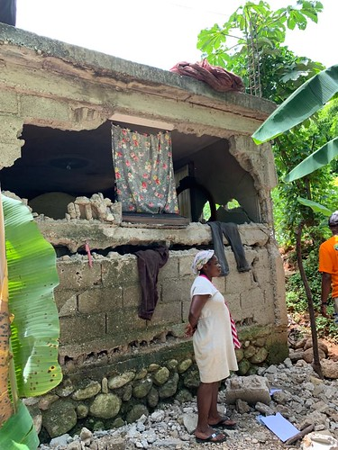 AHF Haiti & U.S. Army Deliver Aid in Wake of Disaster