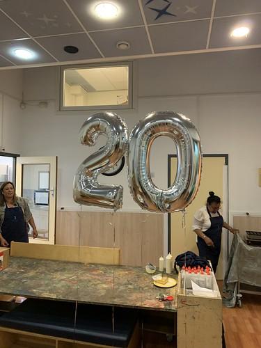 Folieballon Cijfer 20 Kinderdagverblijf Small Kidz Rotterdam