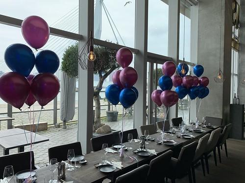 Tafeldecoratie 6ballonnen Aqua Asia Club Rotterdam