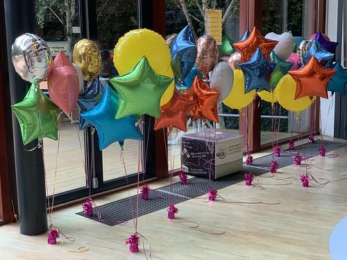 Tafeldecoratie 3ballonnen Folieballonnen Hoge School Museumpark Rotterdam