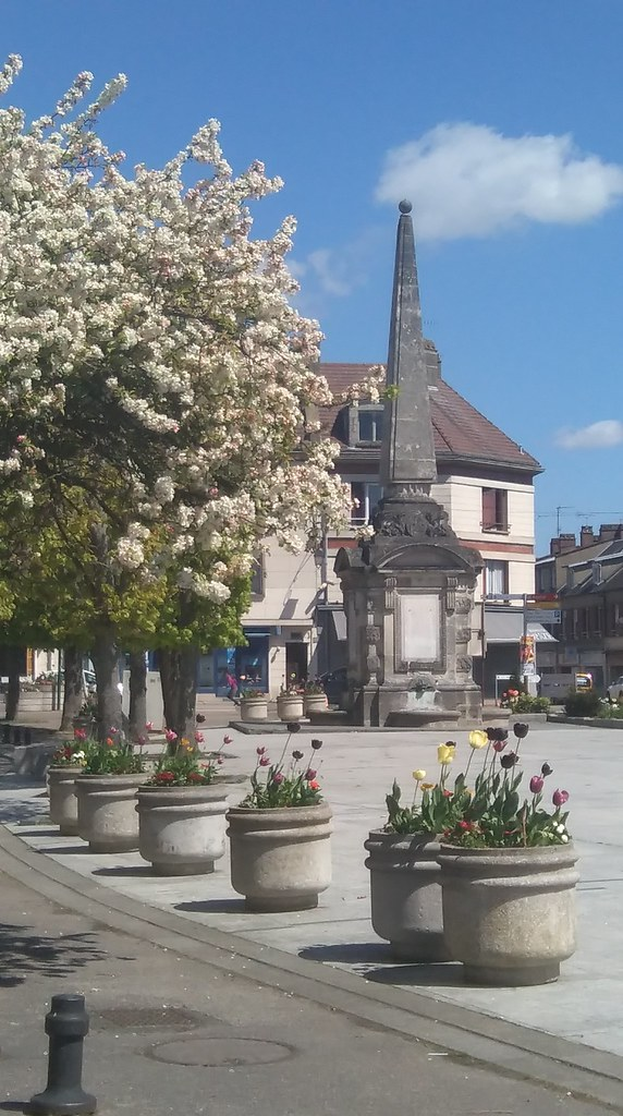 19-FONTAINE