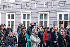 Det var godt besøk i Storgata når WOW - Walls of Women Tromsø åpnet sitt tredje vegg-maleri rett over gaten for museet.