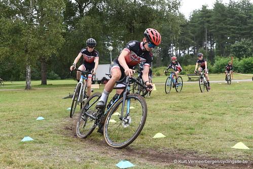 Avia-Rudyco-Janatrans Cycling Team (247)