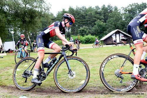 Avia-Rudyco-Janatrans Cycling Team (214)