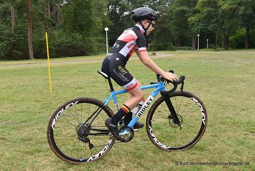 Avia-Rudyco-Janatrans Cycling Team (48)