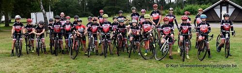 Avia-Rudyco-Janatrans Cycling Team (38)