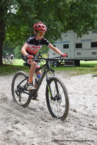 Avia-Rudyco-Janatrans Cycling Team (195)