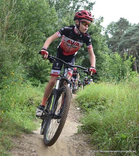 Avia-Rudyco-Janatrans Cycling Team (100)