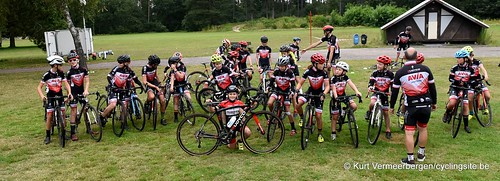 Avia-Rudyco-Janatrans Cycling Team (36)
