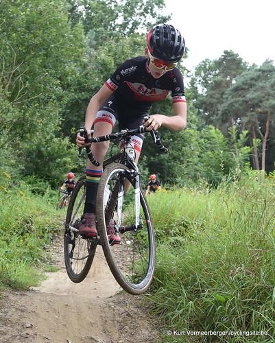 Avia-Rudyco-Janatrans Cycling Team (90)
