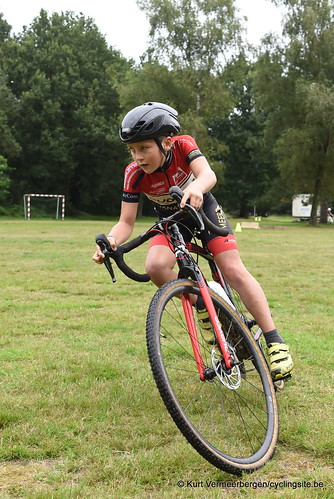 Avia-Rudyco-Janatrans Cycling Team (19)