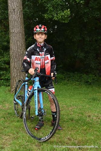 Avia-Rudyco-Janatrans Cycling Team (350)