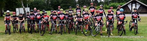 Avia-Rudyco-Janatrans Cycling Team (40)