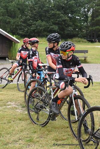 Avia-Rudyco-Janatrans Cycling Team (2)