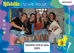 """Splashes and es spas • <a style=""""font-size:0.8em;"""" href=""""http://www.flickr.com/photos/75311089@N02/51416212524/"""" target=""""_blank"""">View on Flickr</a>"""
