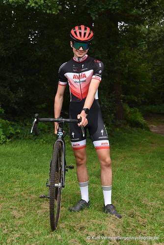 Avia-Rudyco-Janatrans Cycling Team (268)