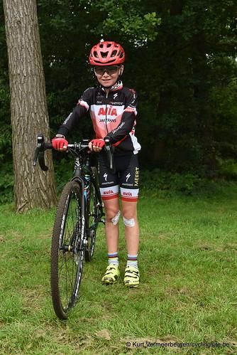 Avia-Rudyco-Janatrans Cycling Team (423)