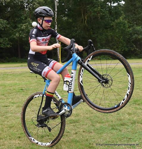 Avia-Rudyco-Janatrans Cycling Team (46)